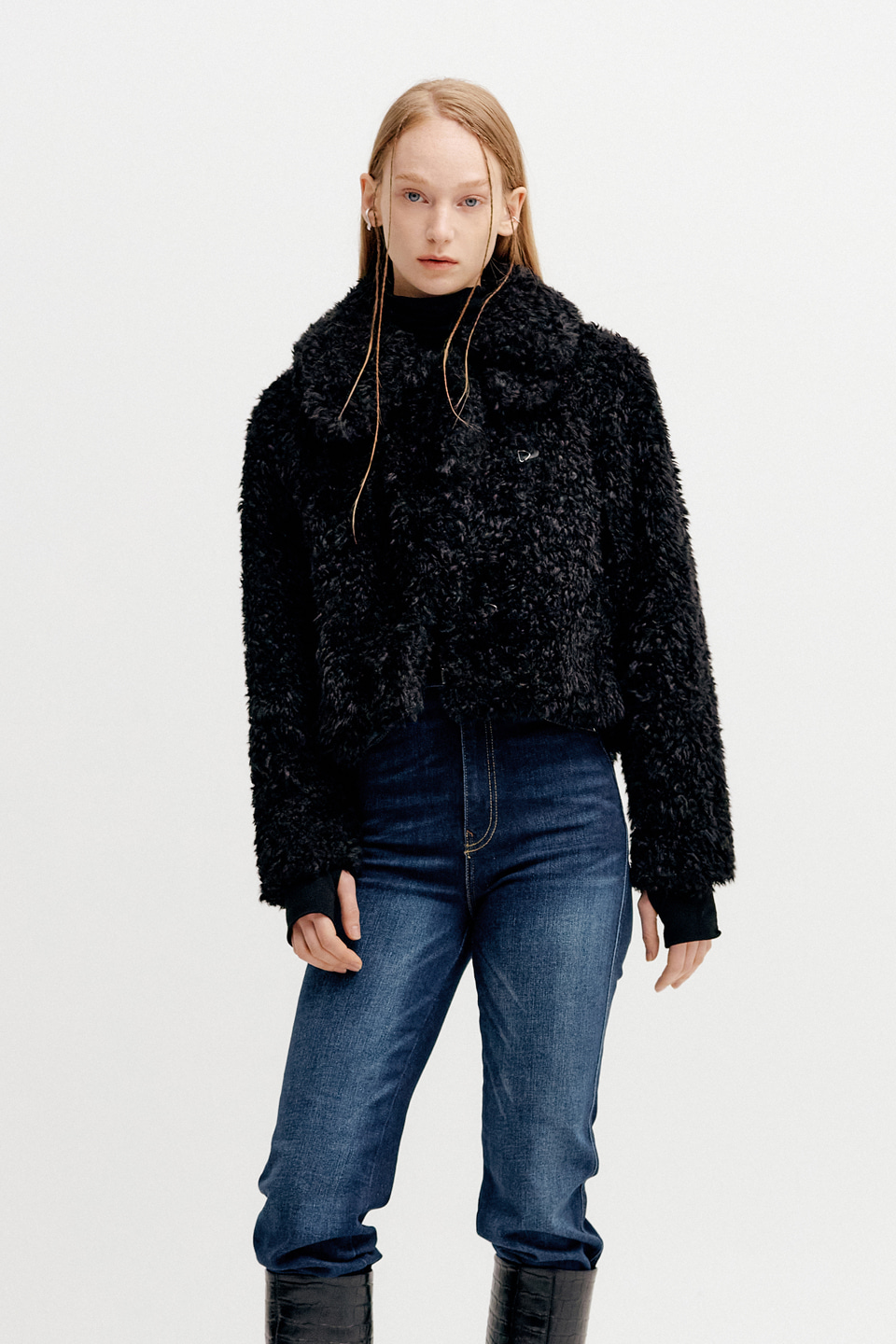 DETACHABLE COLLAR FUR SHORT JACKET - BLACK